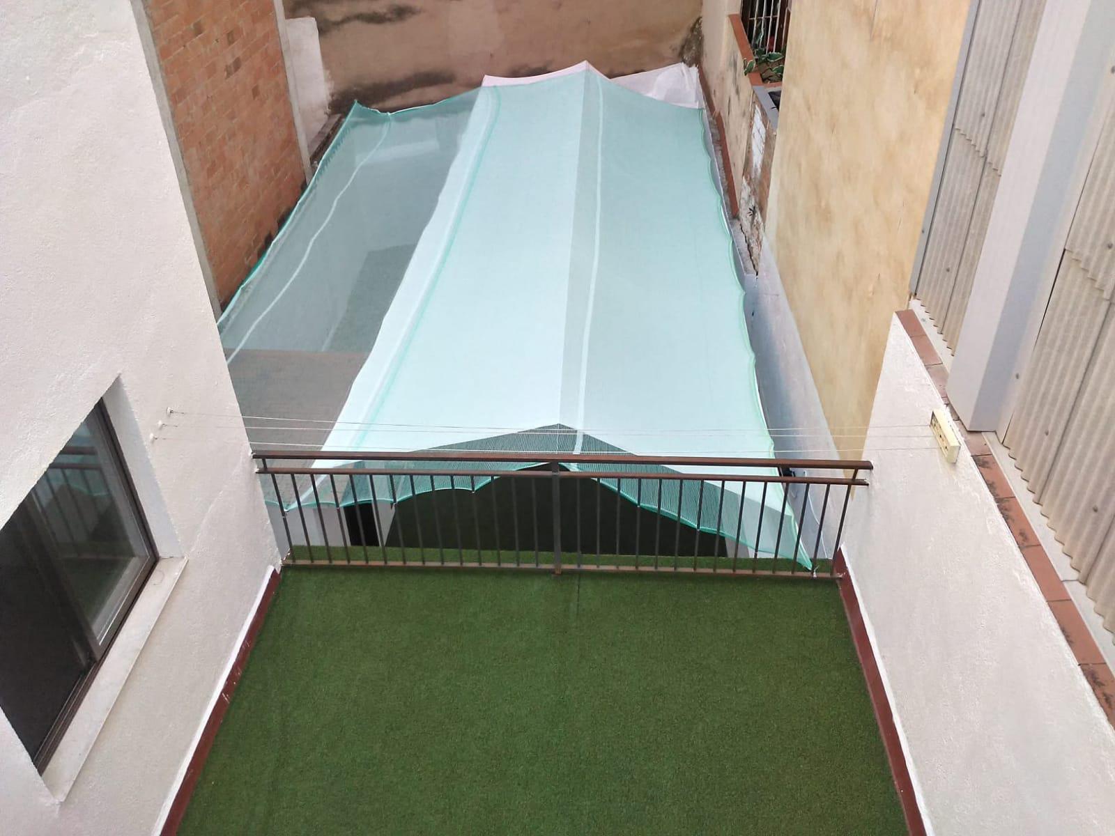 Imagen 1 Casa en venta en Santa Coloma De Gramenet / Ubicado a  8 minutos andando del mercado y el ...