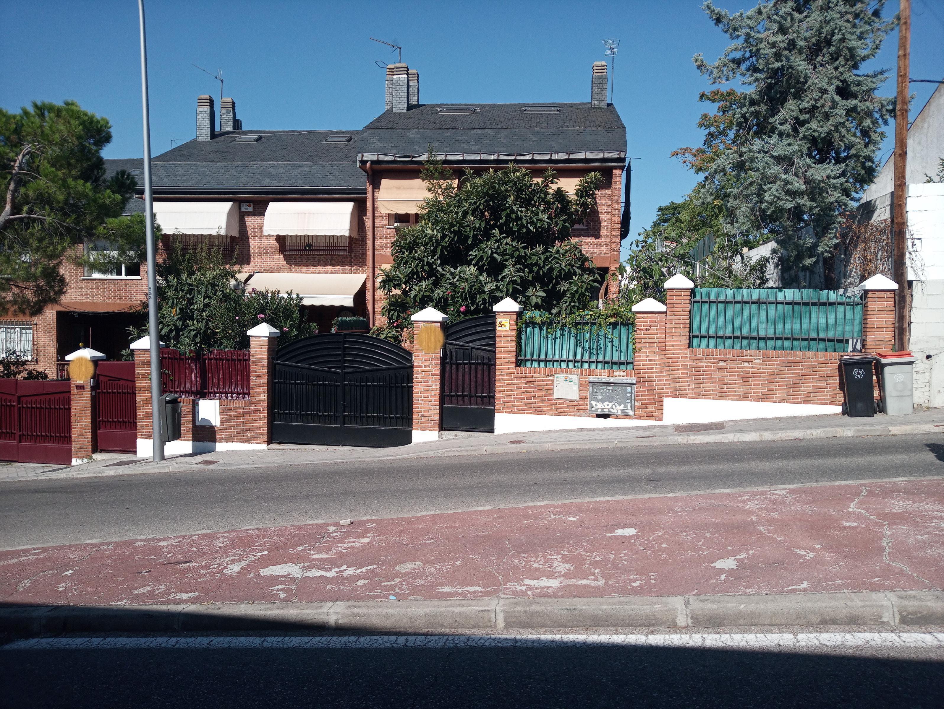 Imagen 1 Piso en alquiler en Madrid / Perpendicular a la Avenida Cardenal Herrera Oria
