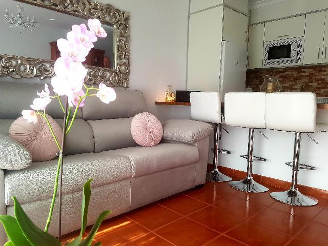 Imagen 1 Inmueble 238448 - Piso en venta en Guía De Isora / Junto correos Playa de San Juan