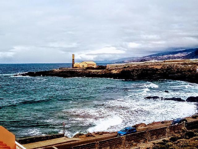 Imagen 1 Inmueble 244871 - Apto. Playa en venta en Silos (Los) / Cerca de las piscinas de los Silos y el muelle.