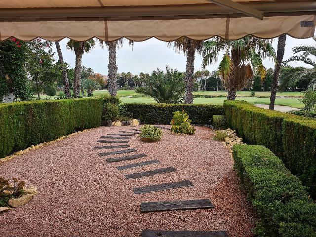 Imagen 1 Inmueble 241241 - Casa Adosada en venta en Alicante/alacant / En la zona del Golf