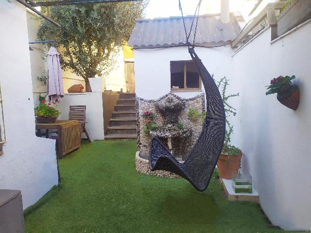 Imagen 1 Inmueble 244958 - Casa en venta en Sant Vicenç Dels Horts / Junto  Ayuntamiento  Sant  Viçents dels  Horts