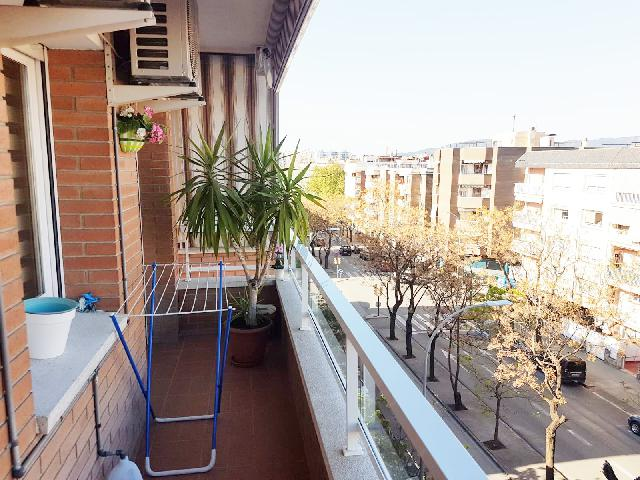 Imagen 1 Inmueble 248913 - Piso en venta en Sant Boi De Llobregat / Ronda  Sant Ramon