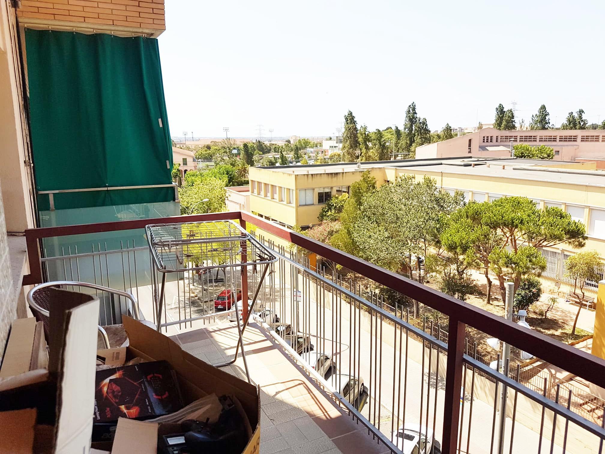 Imagen 1 Piso en venta en Sant Boi De Llobregat / Junto Campo Rugby