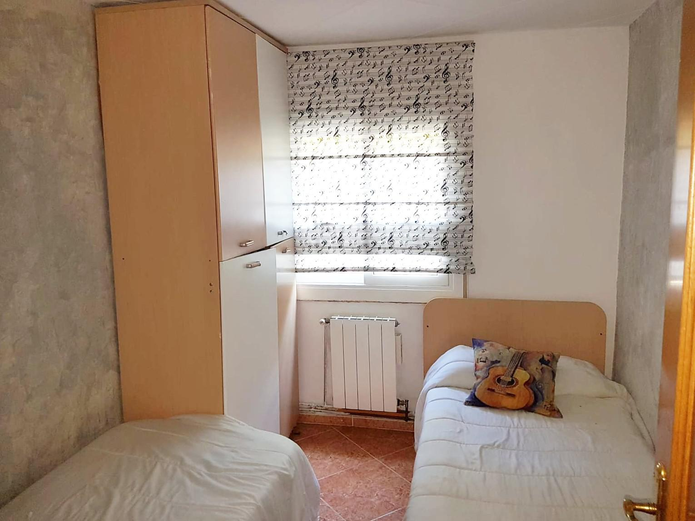 Imagen 4 Piso en venta en Sant Boi De Llobregat / Junto Ronda Sant Ramon