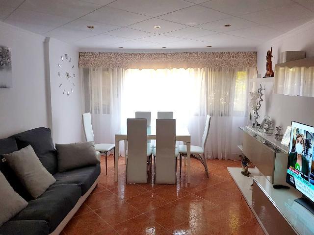 Imagen 1 Inmueble 249873 - Piso en venta en Sant Boi De Llobregat / Junto Ronda Sant Ramon