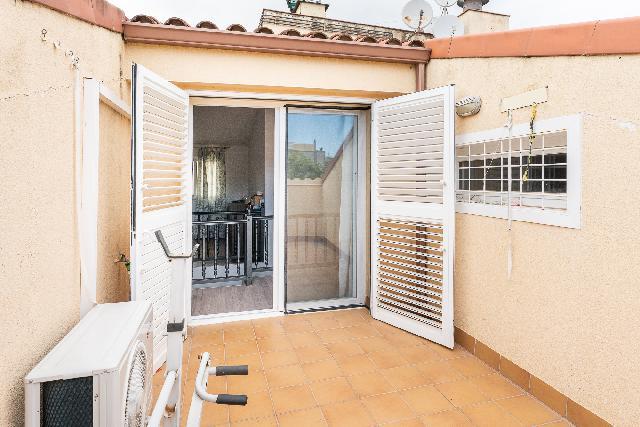 Imagen 1 Inmueble 249932 - Dúplex en venta en Castelldefels / Junto Rambla  Santa Maria