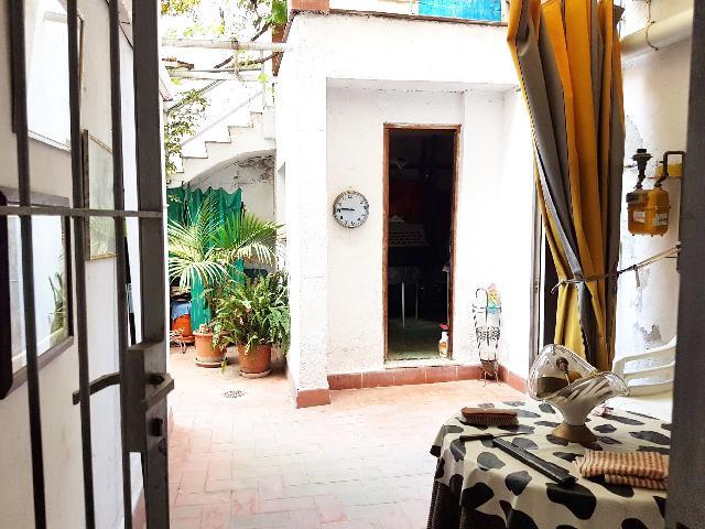 Imagen 1 Inmueble 251860 - Planta Baja en venta en Sant Boi De Llobregat / Junto calle Balmes