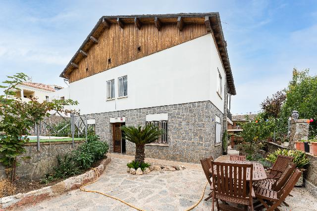 Imagen 1 Inmueble 252083 - Casa en venta en Sant Boi De Llobregat / Ronda Sant Ramon