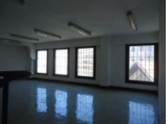 Imagen 1 Inmueble 237740 - Local Comercial en alquiler en Santander / Zona San Fernando Cuatro Caminos