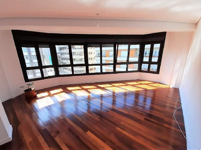 Imagen 1 Inmueble 240629 - Piso en venta en Santander / Próximo a Paseo Pereda, a la altura Banco Santander