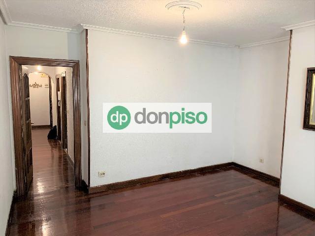 Imagen 1 Inmueble 250371 - Piso en venta en Santander / Cerca de las Estaciones y del centro de la ciudad