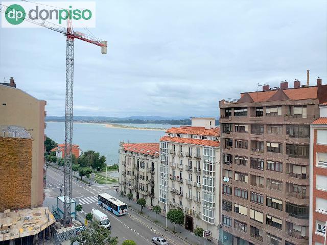 Imagen 1 Inmueble 251914 - Piso en venta en Santander / Junto al Palacio de Festivales