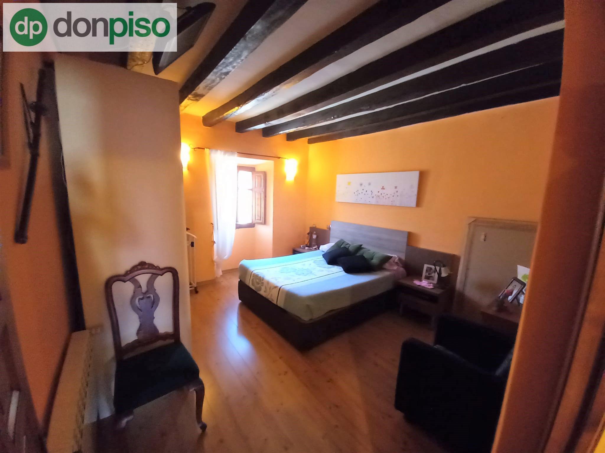Imagen 4 Casa Adosada en venta en Quintanillas Las / A pocos minutos de la ciudad de Burgos