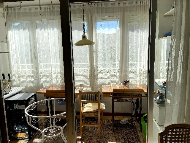 Imagen 1 Inmueble 245343 - Piso en venta en Madrid / Cuenta con 4 líneas de autobús a la puerta de tú casa.