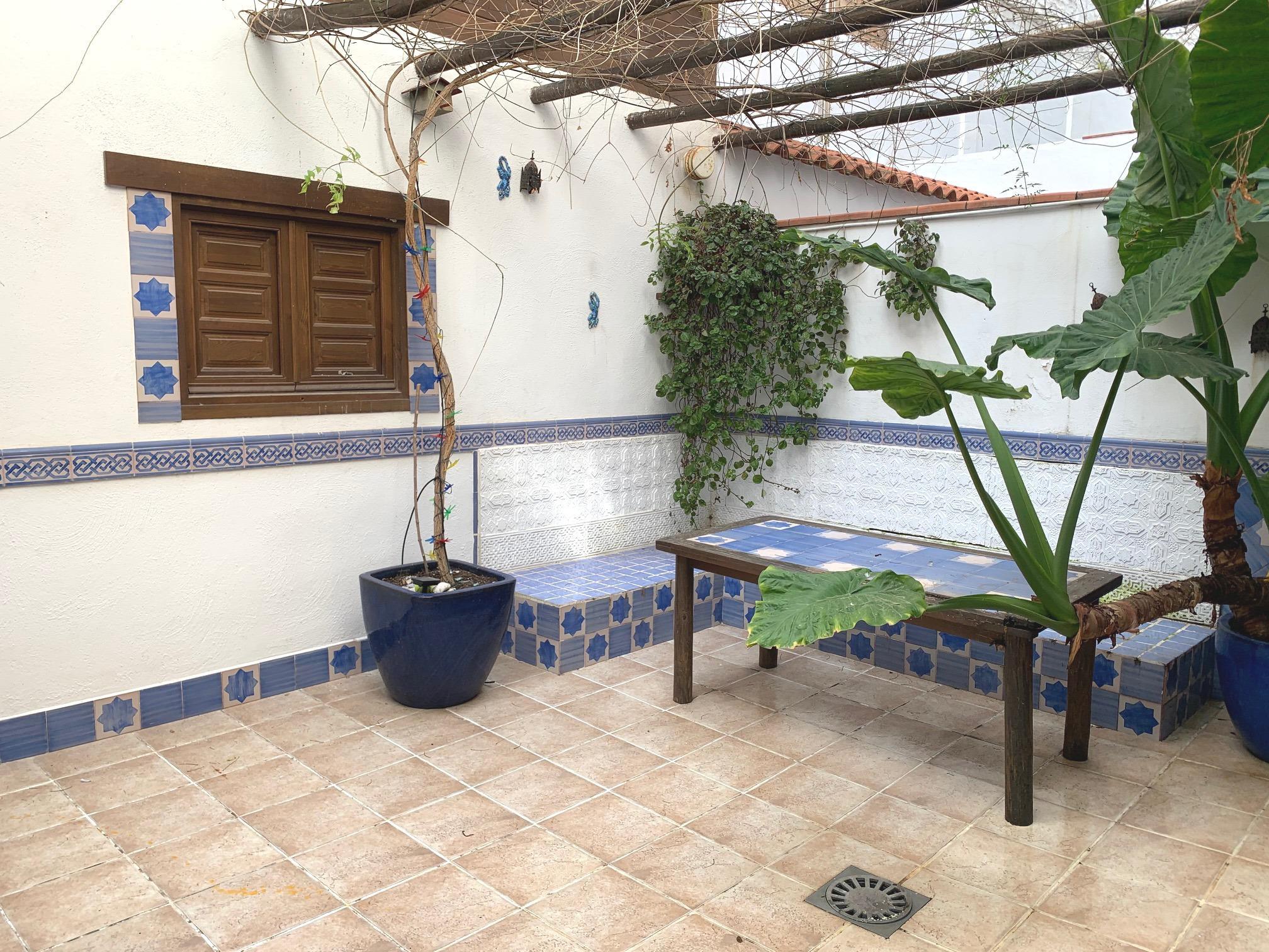 Imagen 1 Casa en venta en Granada / Entre Avda. Dílar y Avda. Cádiz