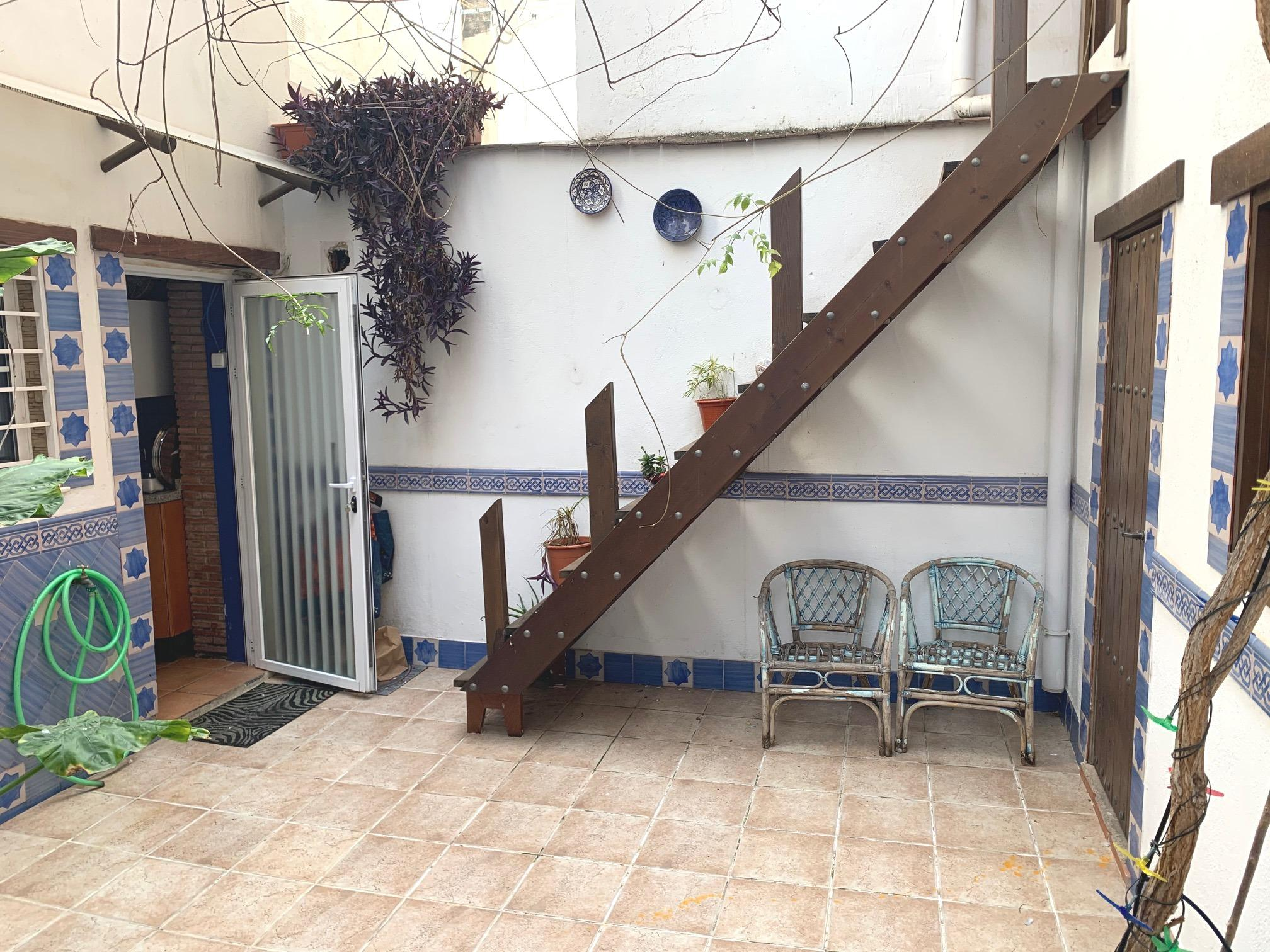 Imagen 2 Casa en venta en Granada / Entre Avda. Dílar y Avda. Cádiz