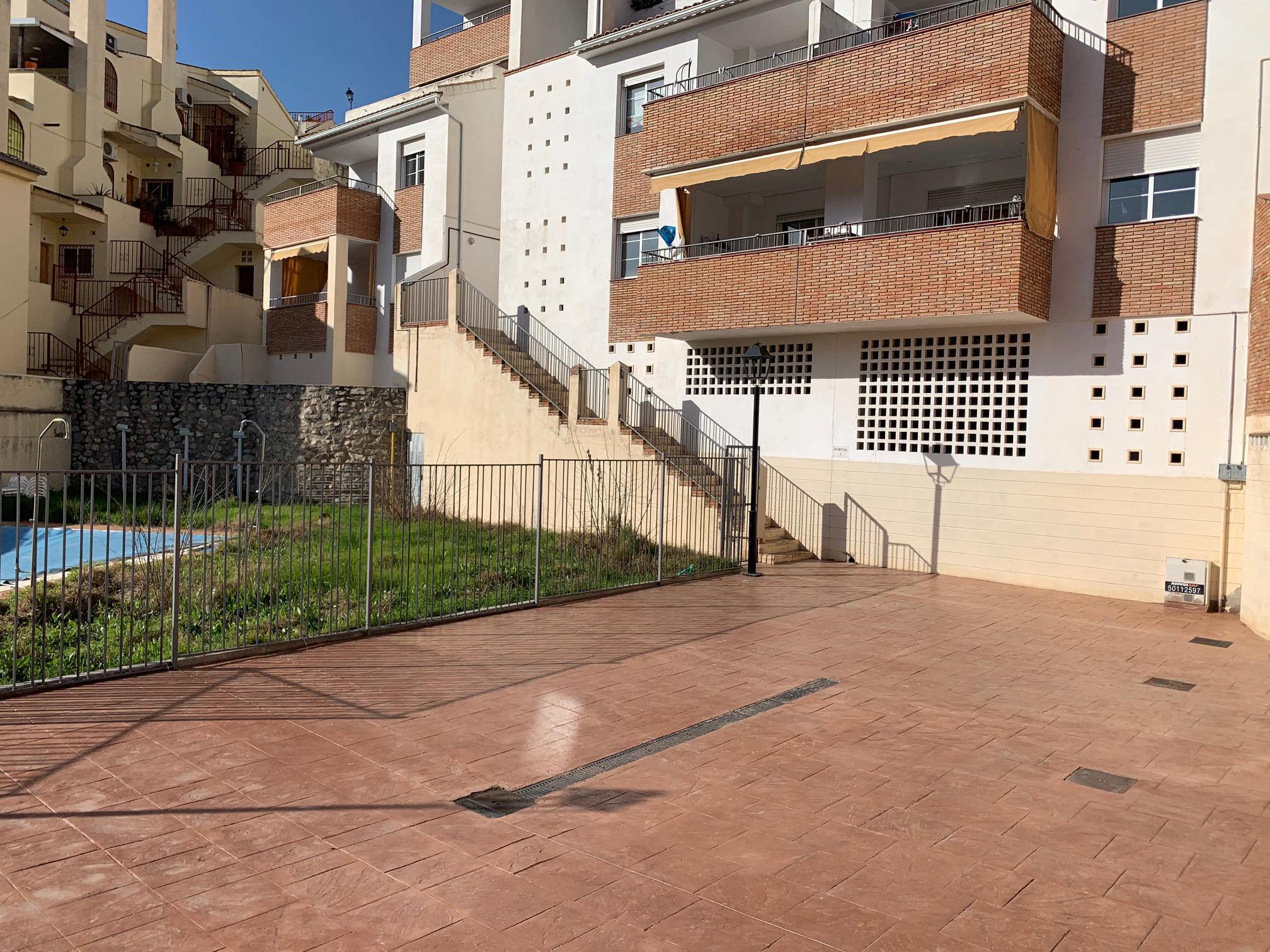 Imagen 2 Planta Baja en venta en Cenes De La Vega / Subida al Aquaola