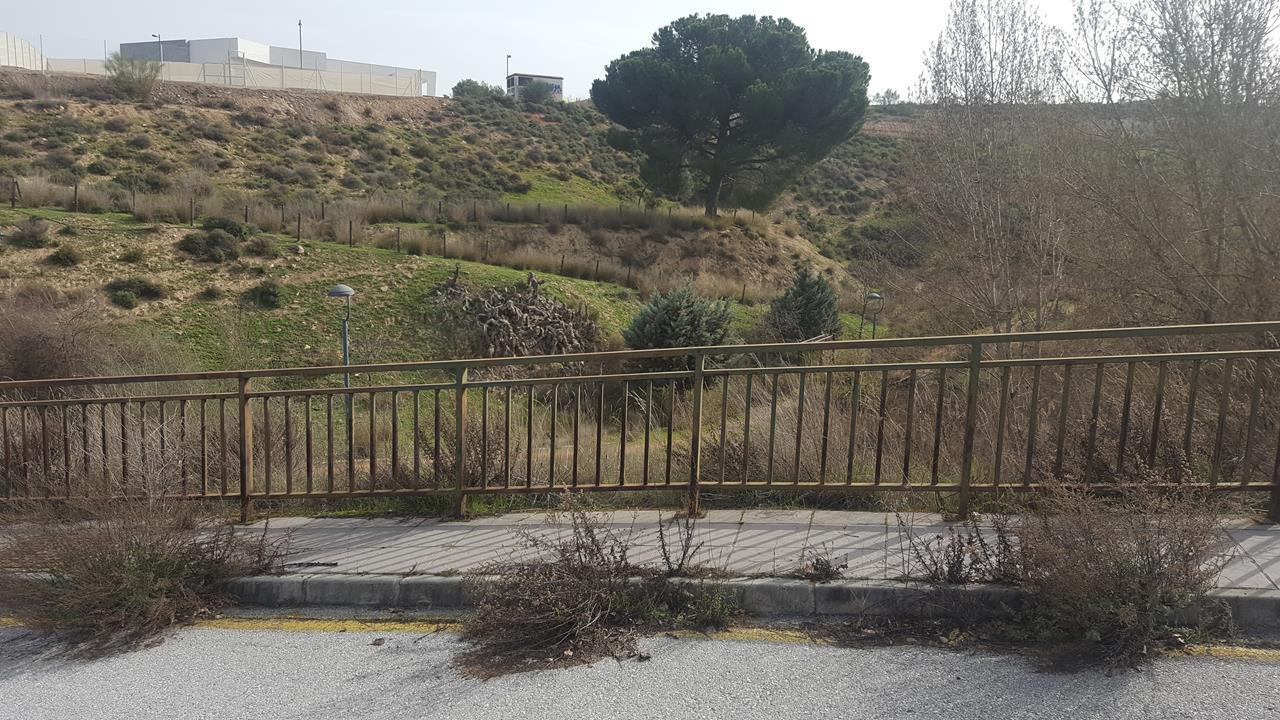 Imagen 3 Solar Urbano en venta en Zubia La / Zona alta de La Zubia