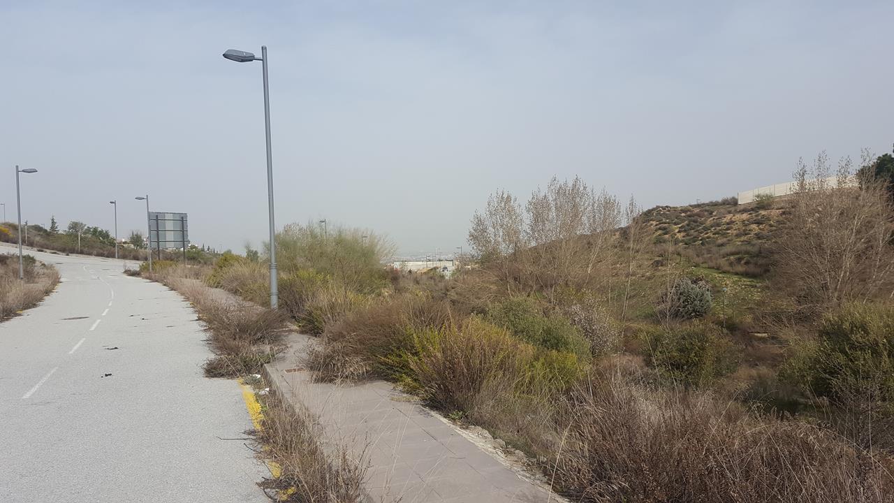 Imagen 4 Solar Urbano en venta en Zubia La / Zona alta de La Zubia