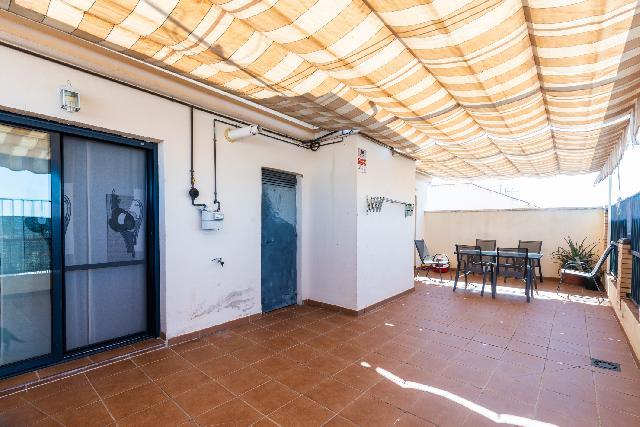 Imagen 1 Inmueble 247778 - Ático en venta en Maracena / Cerca a Mercadona y Teatro Municipal.