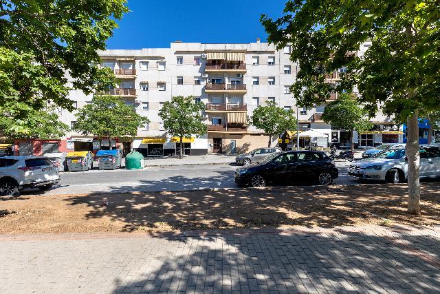 Imagen 1 Inmueble 248073 - Piso en venta en Granada / Frente Parque Bomberos Zona Norte