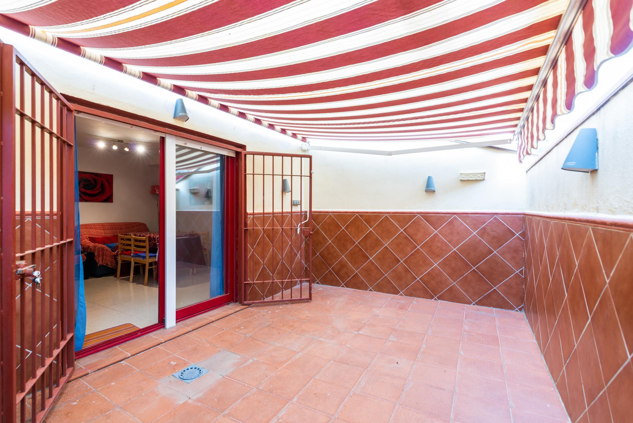 Imagen 2 Casa Adosada en venta en Alfacar / Urbanización Los Hornillos