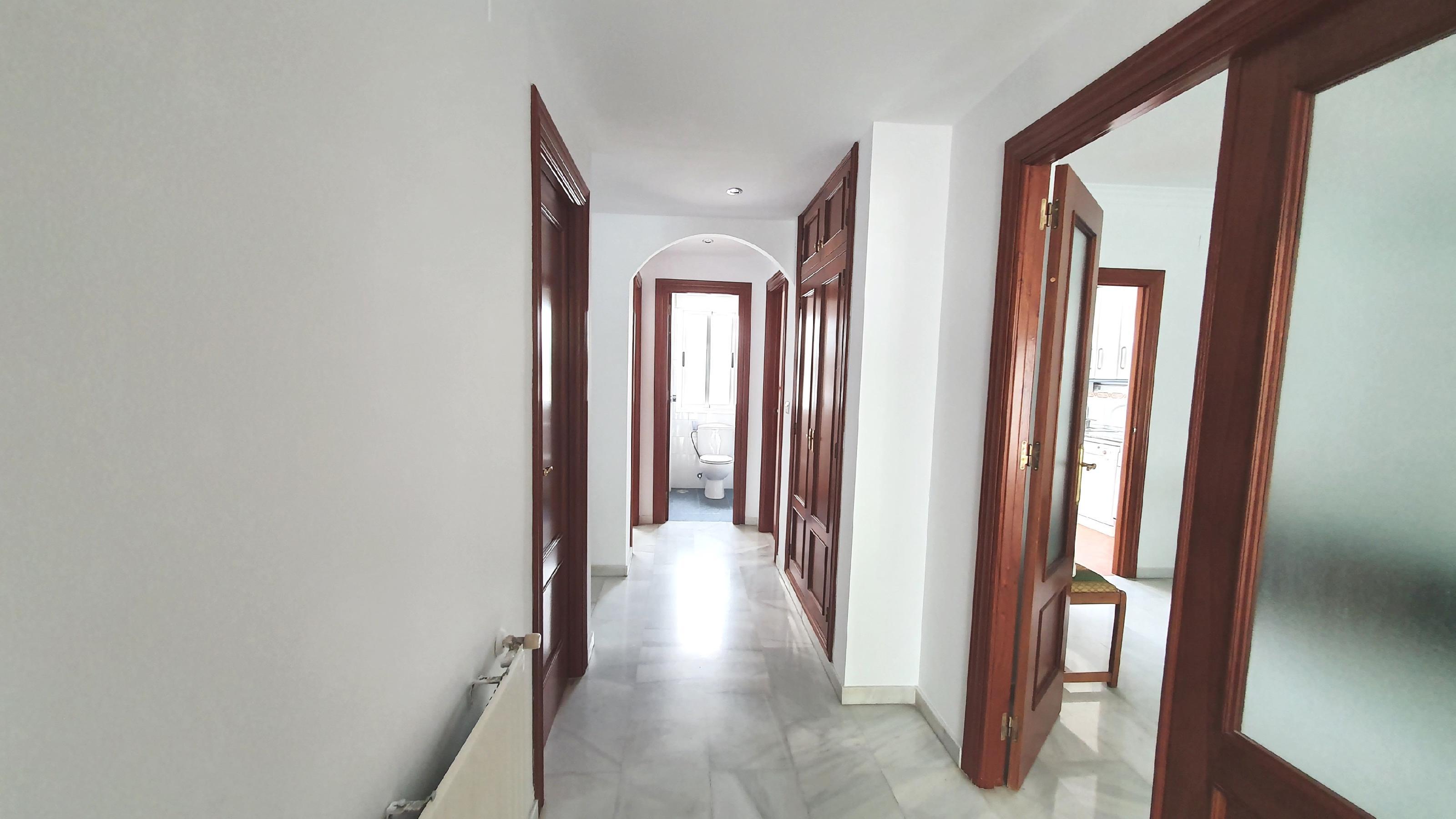 Imagen 4 Casa Adosada en alquiler en Granada / Zona alta del Albayzín.