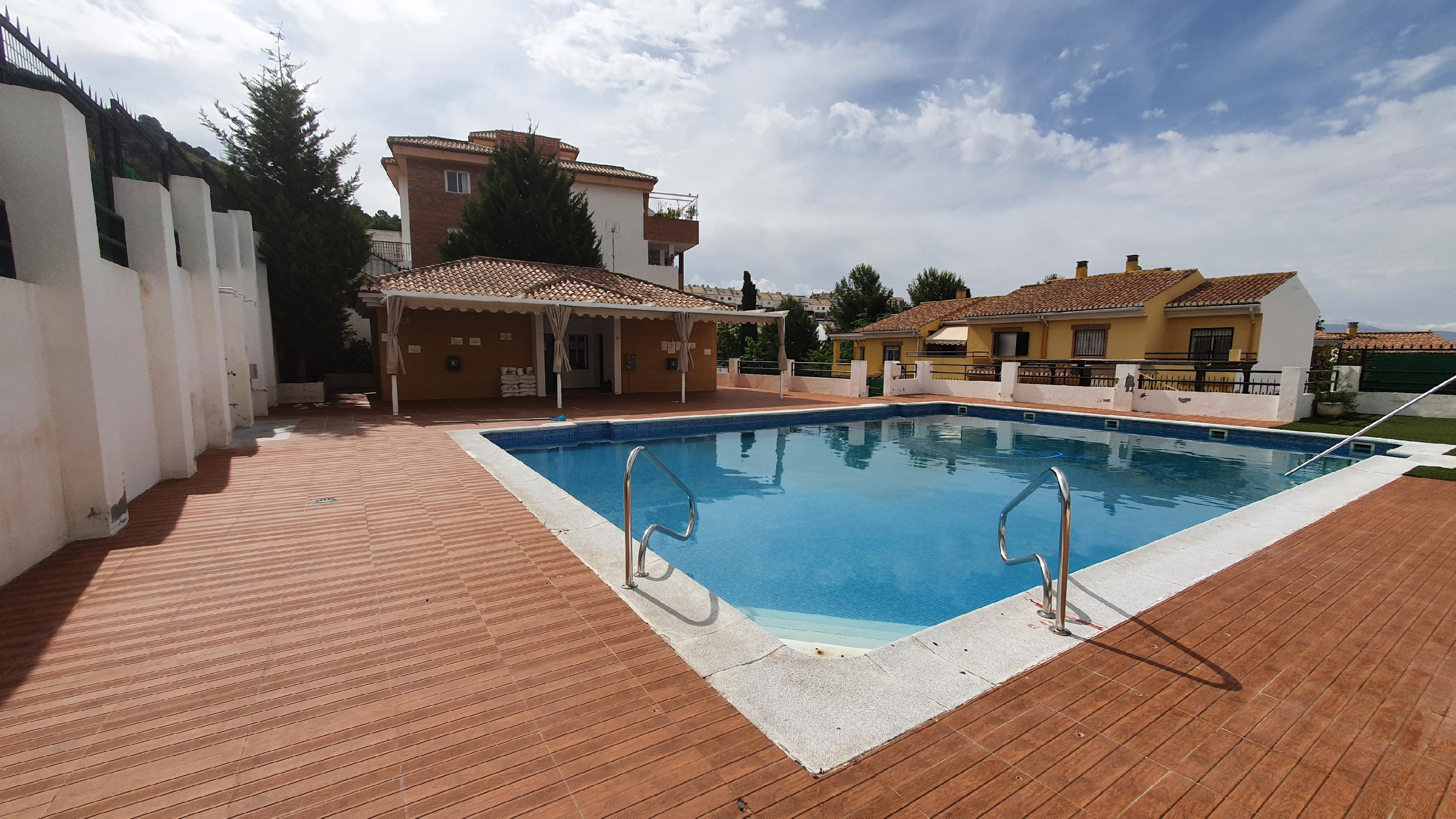 Imagen 2 Casa Adosada en alquiler en Granada / Zona alta del Albayzín.
