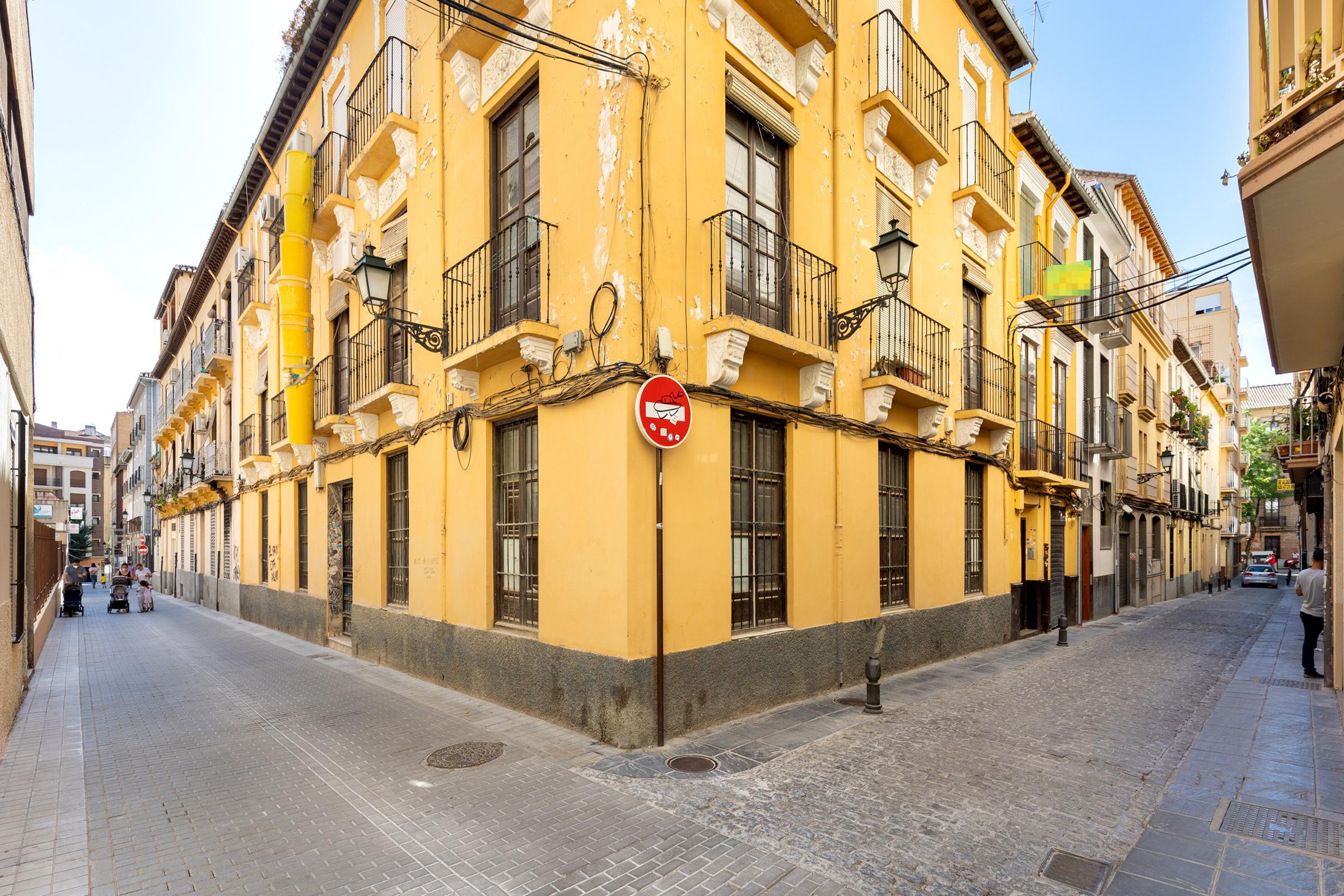 Imagen 2 Piso en venta en Granada / Calle Las Tablas