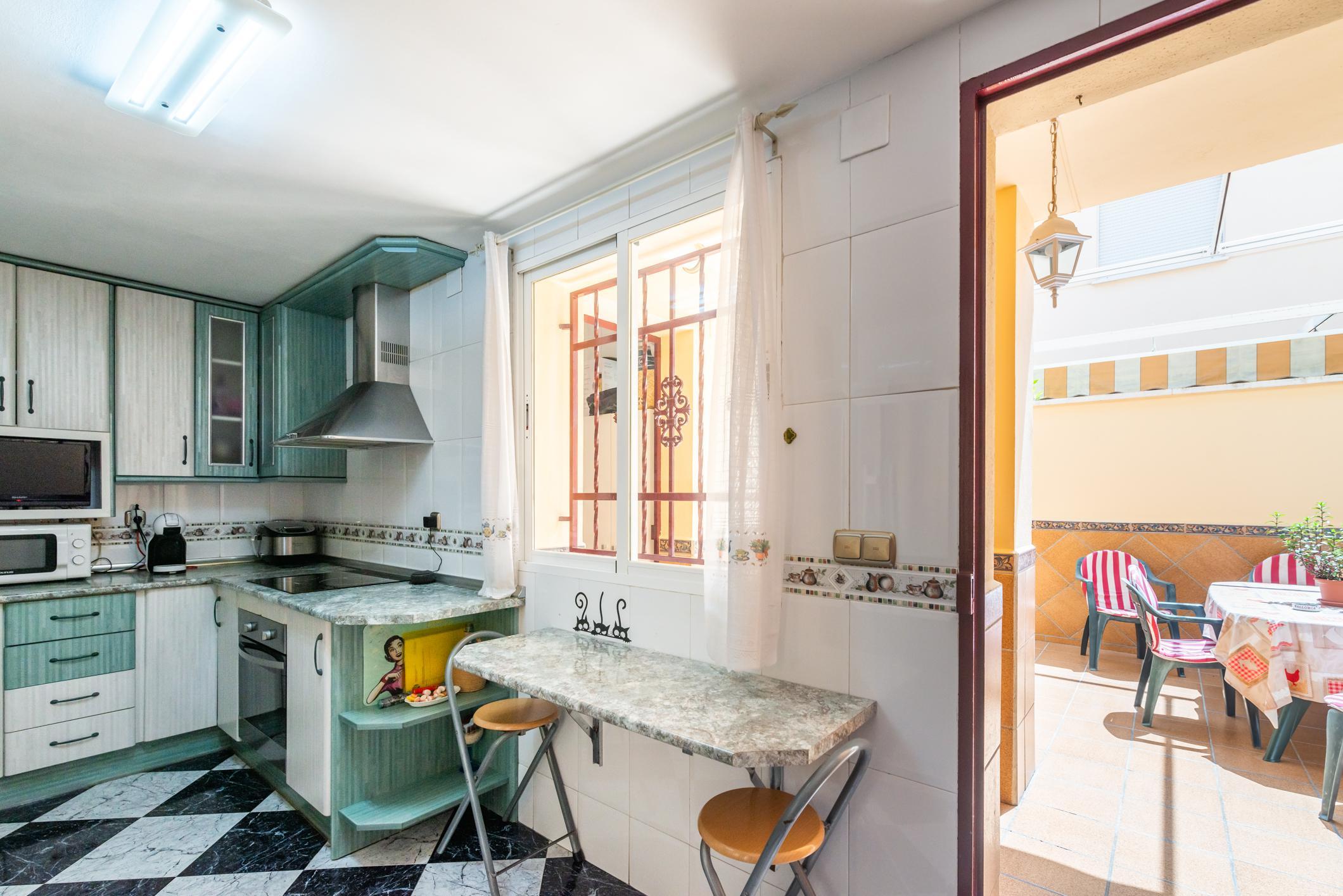 Imagen 4 Casa Adosada en venta en Albolote / Zona del Instituto Aricel.