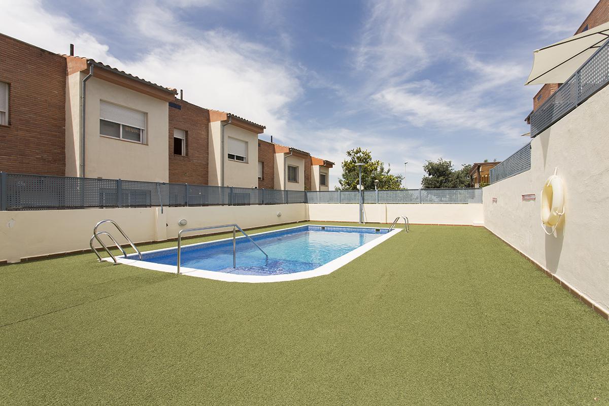 Imagen 2 Casa Adosada en venta en Granada / Cerca Lancha del Genil