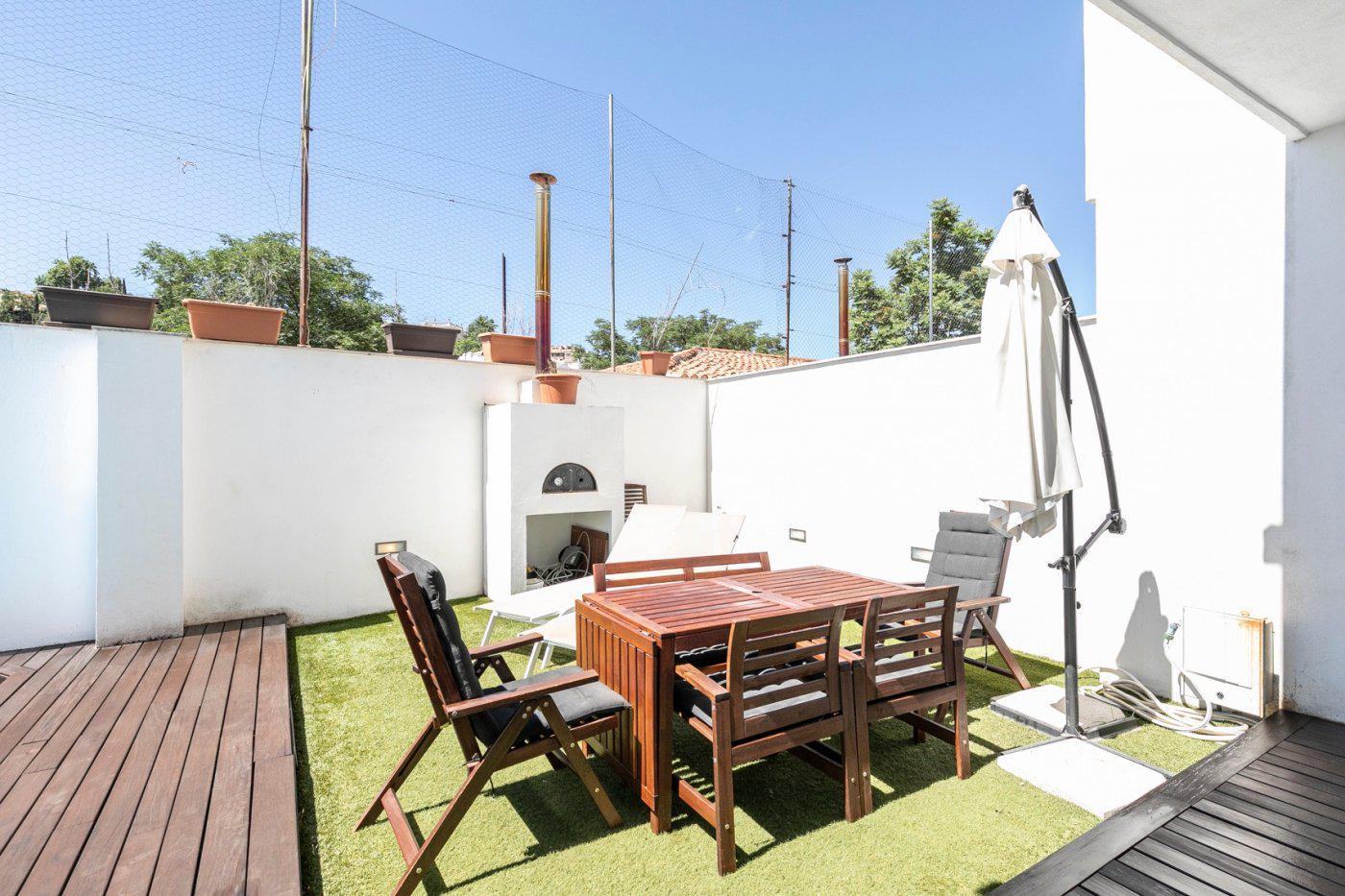 Imagen 3 Casa Pareada en venta en Granada / Junto Paseo de la Bomba