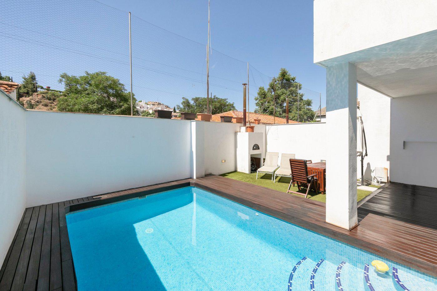 Imagen 2 Casa Pareada en venta en Granada / Junto Paseo de la Bomba