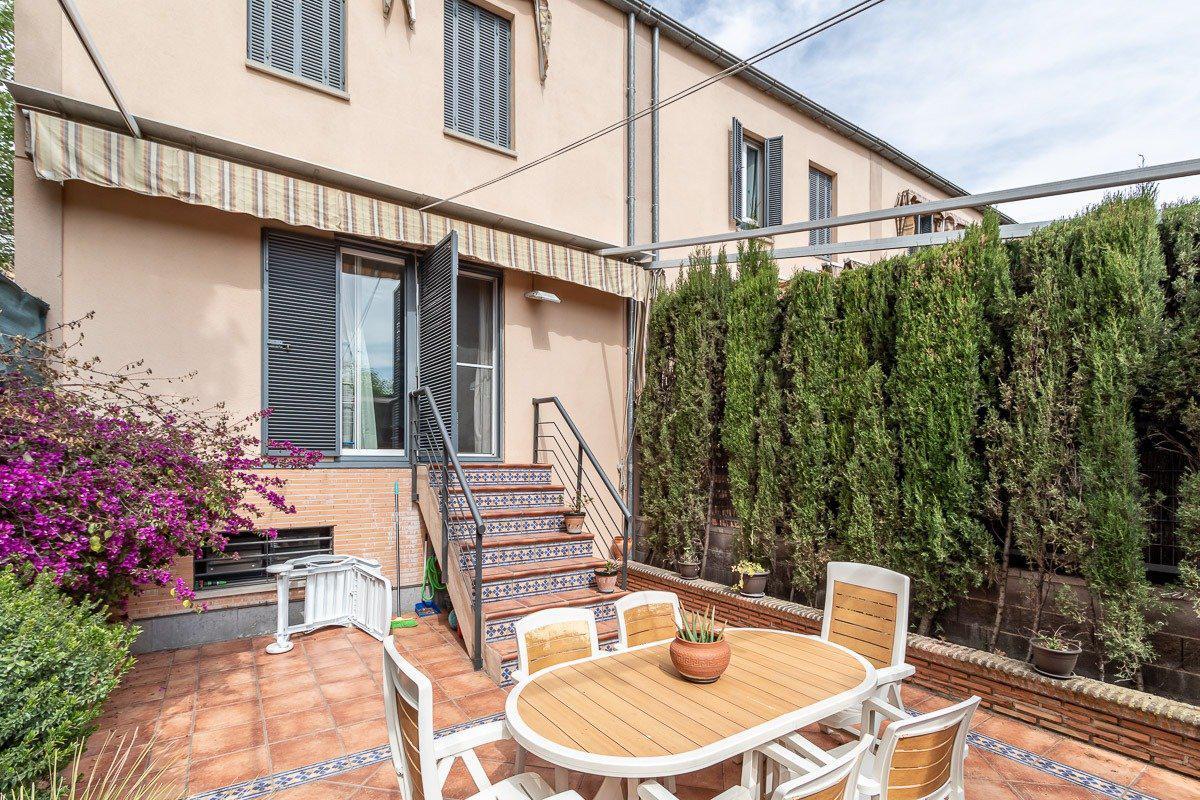 Imagen 4 Casa Pareada en venta en Granada / Zona Parque Almunia
