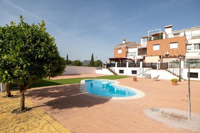 Imagen 1 Inmueble 251325 - Casa Adosada en venta en Atarfe / Urbanización Llanos de Silva-Pantano de Cubillas