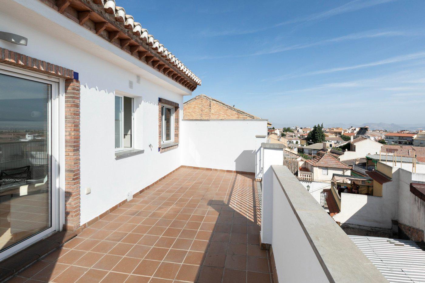 Imagen 4 Ático en venta en Alhendín / Junto al Ayuntamiento. Edificio Residencial Niza