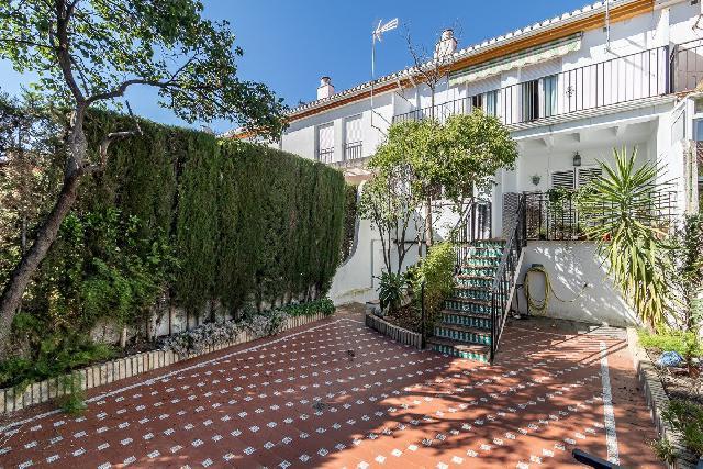Imagen 1 Inmueble 253357 - Casa Adosada en venta en Ogíjares / Cerca del centro de Salud