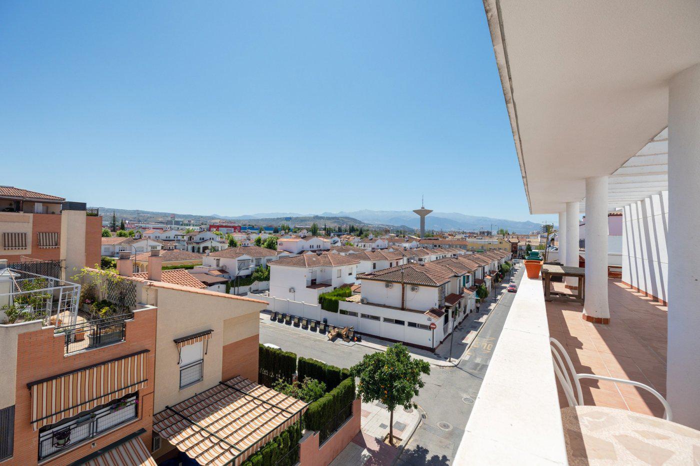 Imagen 2 Ático en venta en Maracena / Cerca del polideportivo y piscina municipal