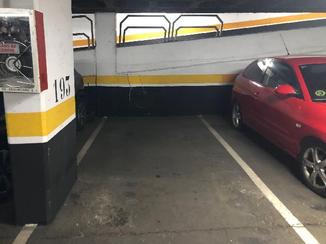 Imagen 1 Inmueble 248331 - Parking Coche en venta en Madrid / Cercana a Metro Acacias L5