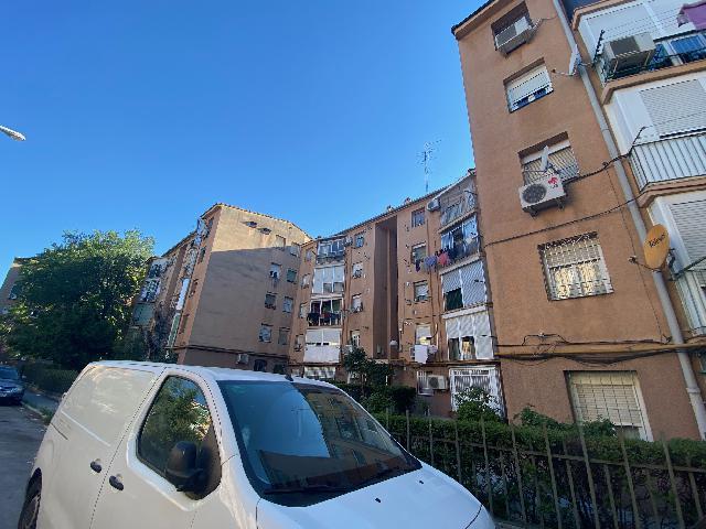 Imagen 1 Inmueble 251698 - Apartamento en venta en Madrid / Calle antonio Leyva
