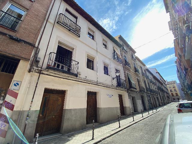Imagen 1 Inmueble 252485 - Dúplex en alquiler en Madrid / Plaza de la cebada