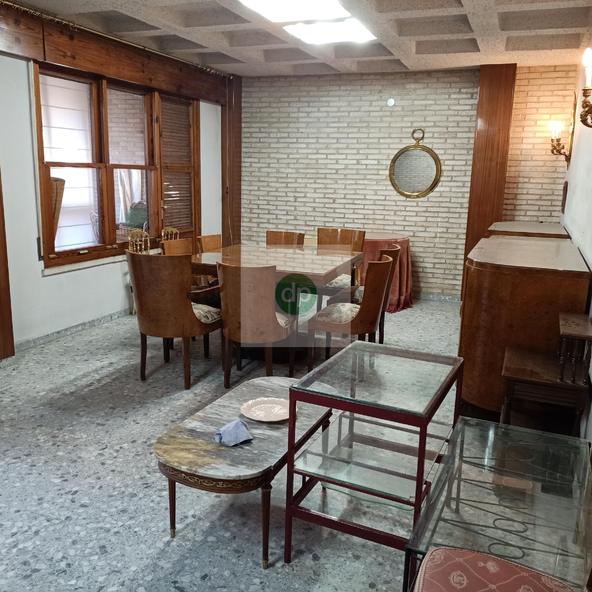 Imagen 1 Piso en venta en Badajoz / Plaza de Alféreces Provisionales