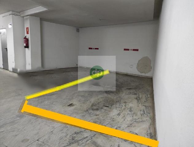 Imagen 1 Inmueble 252445 - Parking Coche en venta en Badajoz / Cerca de la Plaza de San Atón- Juan Carlos I