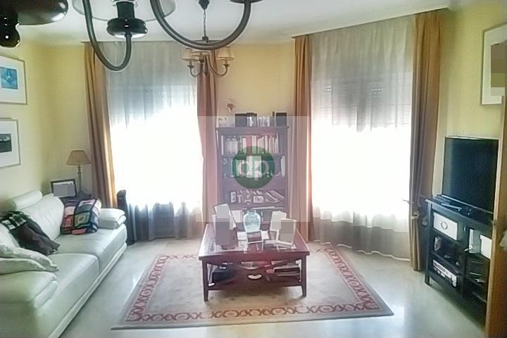 Imagen 4 Casa Pareada en venta en Badajoz / Las Vaguadas. Zona próxima a colegios.