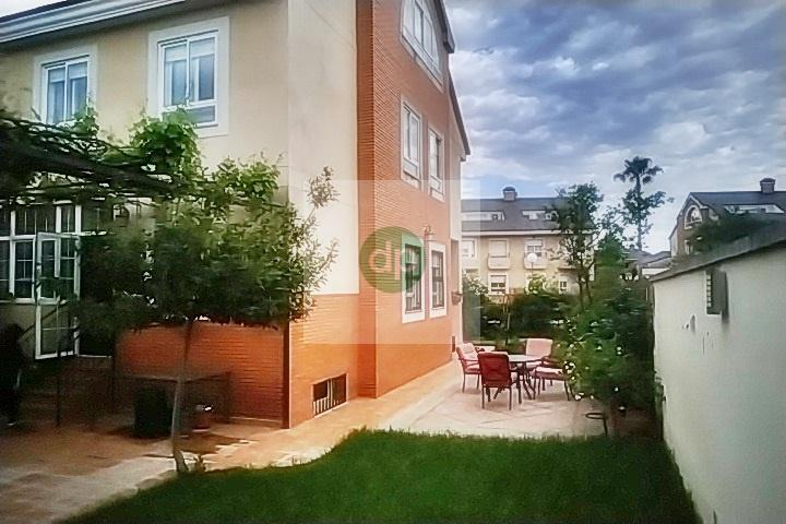 Imagen 1 Casa Pareada en venta en Badajoz / Las Vaguadas. Zona próxima a colegios.