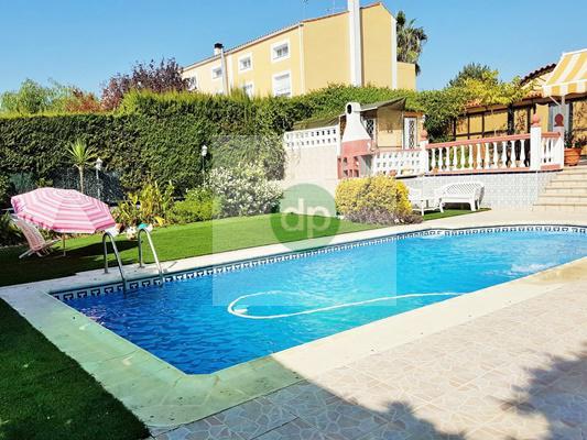Imagen 2 Casa Pareada en venta en Badajoz / Ctra de Elvas - Zona Academia de Policía.- El Faro.