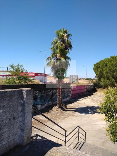 Imagen 4 Solar Urbano en venta en Badajoz / En la zona de próx construcción de Nuevo Huerta Rosales