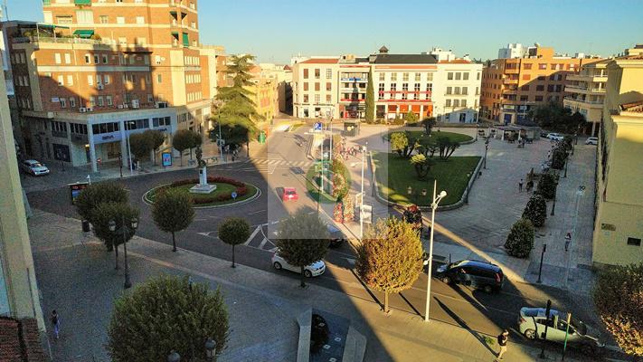Imagen 3 Piso en venta en Badajoz / En Plaza de Minayo, junto al Teatro López de Ayala.