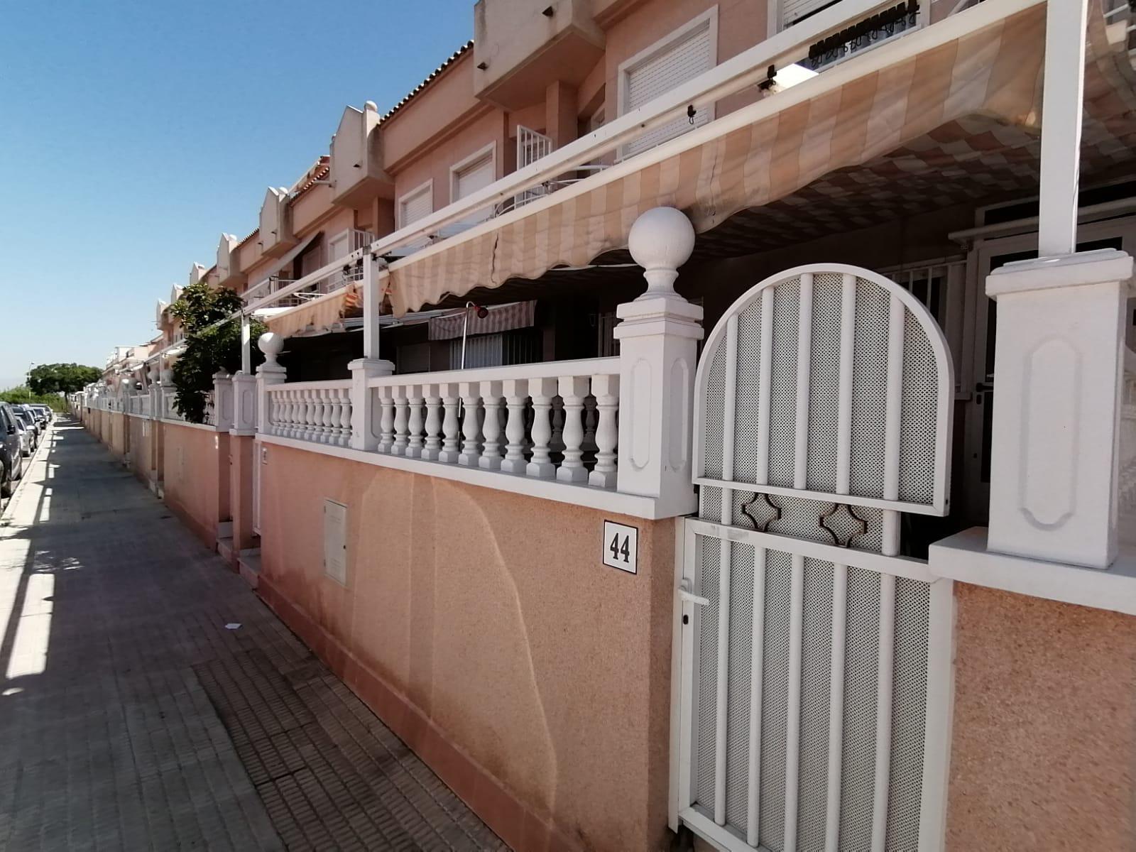 Imagen 3 Casa Adosada en venta en Santa Pola / Playa lisa-Tamarit